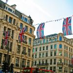 子育てをしながら糸除毛サロンをイギリスで23店舗展開する女性起業家のインタビュー記事